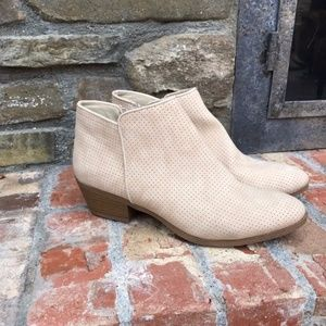 St. John's Bay Booties, Size 8